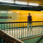 Festbrennweiten: U-Bahnhof Alexanderplatz - Trainspotting?