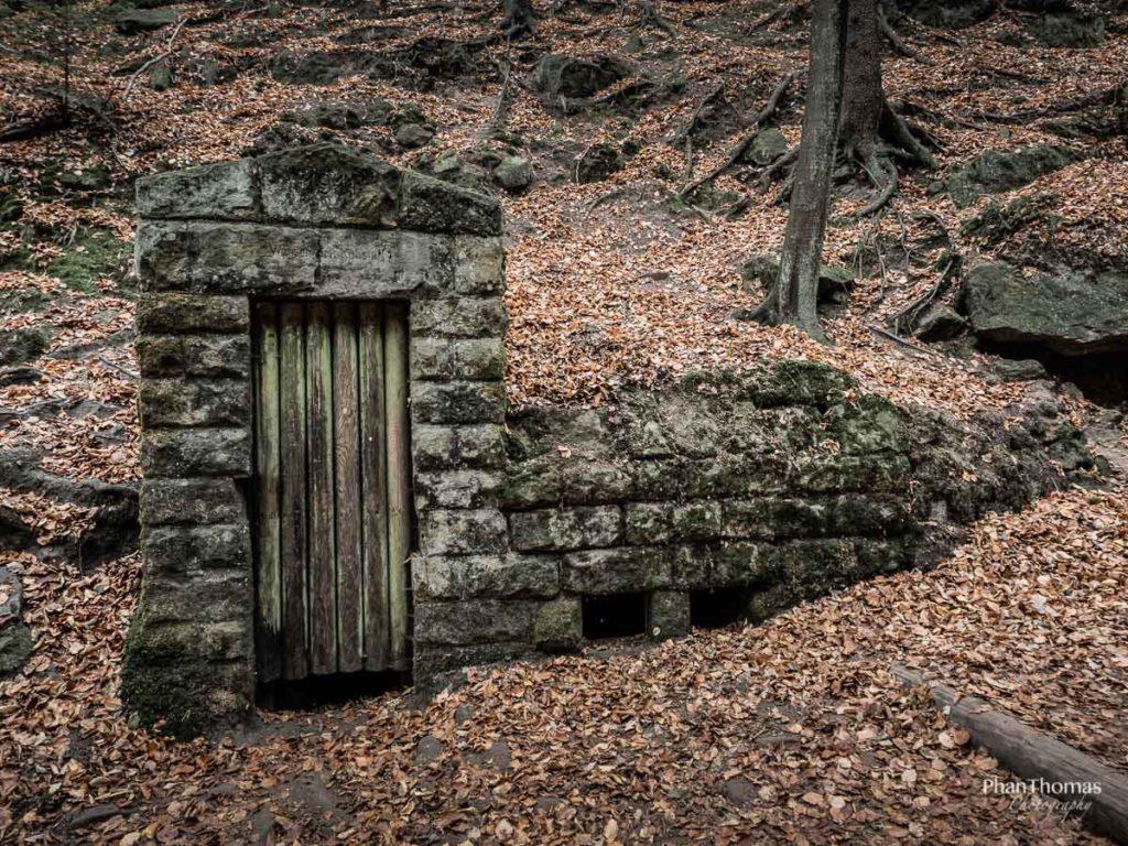 Lichtenhainer Wasserfall: Geheimnisvolle Ruinen