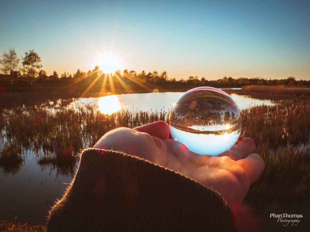 Glaskugel am Teich