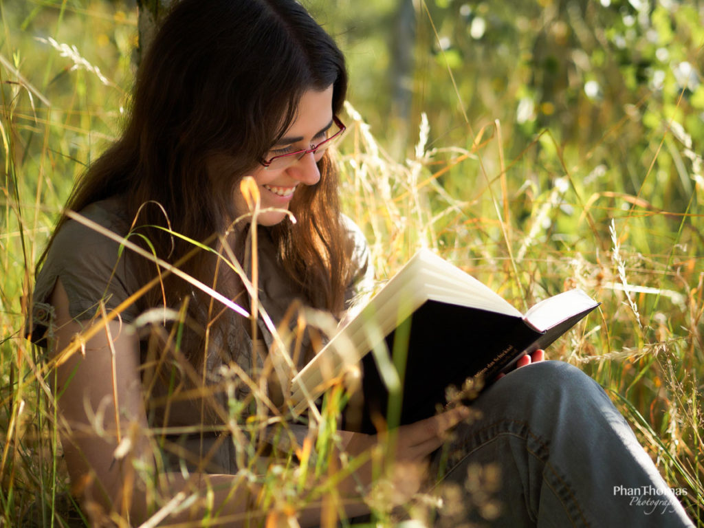 Portrait mit Buch